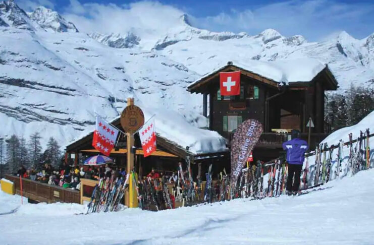 Here's Your Shopping List for Getting Ready for a Zermatt Ski Trip